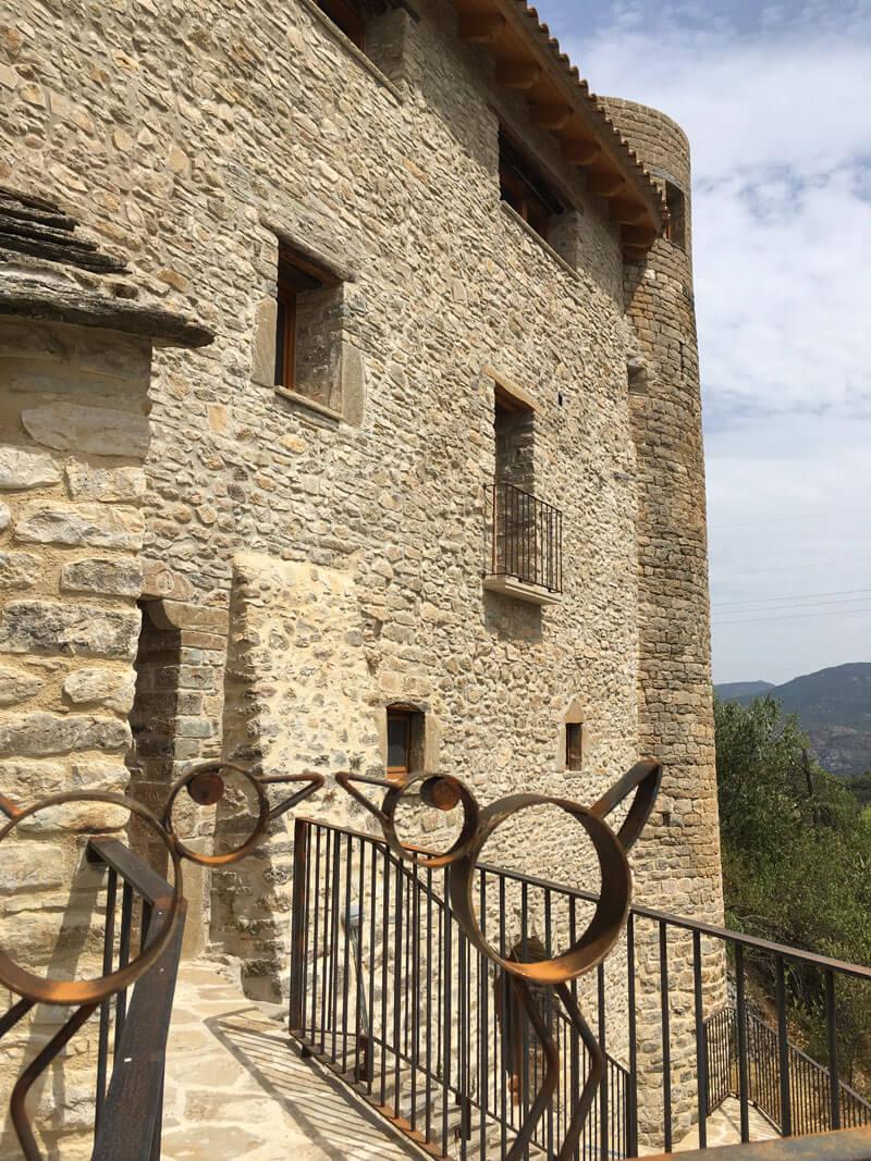La Casa Es Muy Bonita Y Grande World Mediterranean: La Casa De Los Títeres